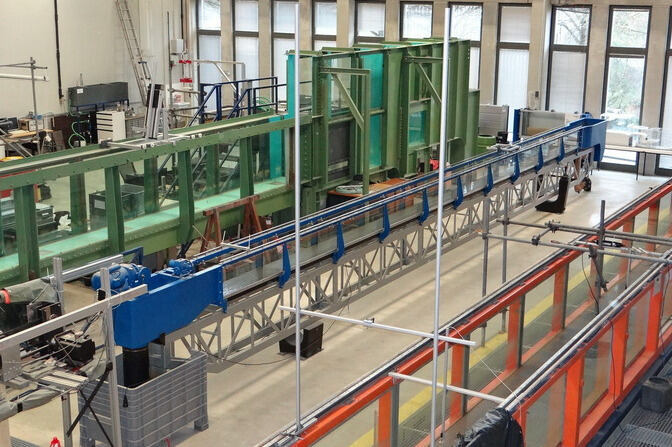 Test flumes in the hydraulic laboratory